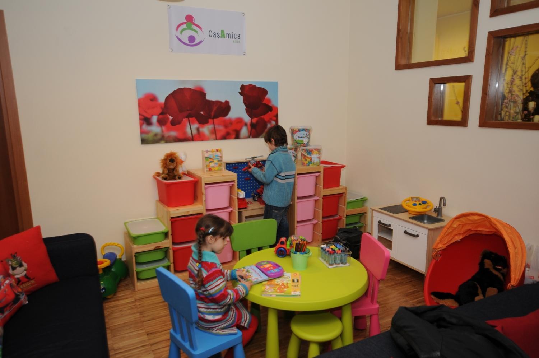 Apre le sue porte la casa per i bambini quarta struttura for Grandi bambini giocano a casa